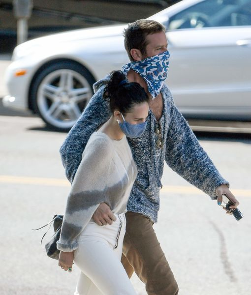 Is This Photo Evidence Armie Hammer & Rumer Willis Are Dating?