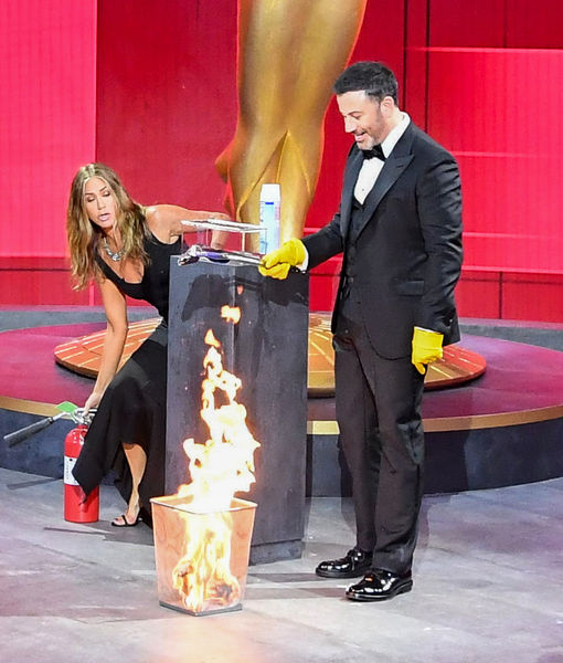 'Welcome to the Pand-Emmys!' Jimmy Kimmel & Jennifer Aniston Bring the Fire…