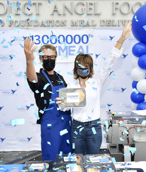 Lisa Rinna & Harry Hamlin Help Present Project Angel Food's 13 Millionth…