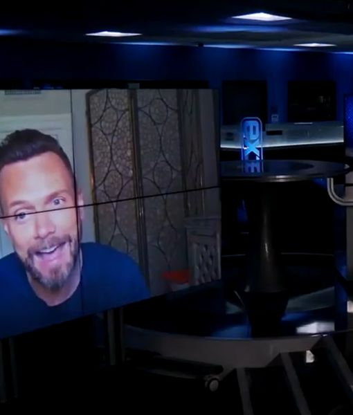 Too Funny! Joel McHale Just Can't Stop Impersonating Billy Bush
