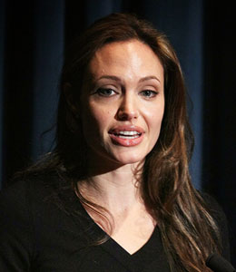 Angelina Jolie visits Haiti earthquake victims