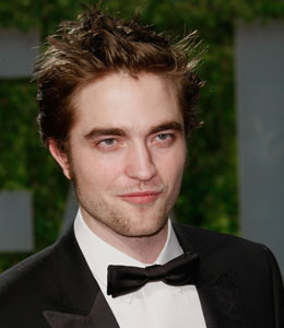 robert pattinson has a new girlfriend