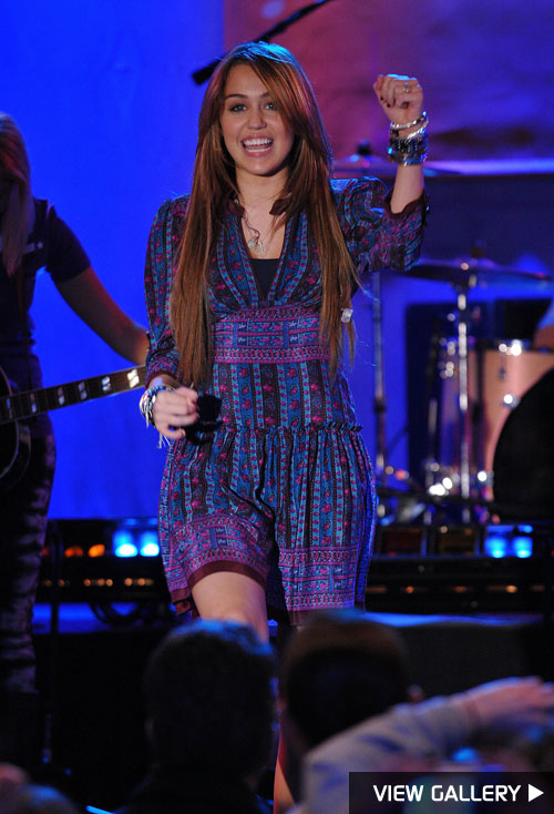 Miley Cyrus performs during Good Morning America to promote Hannah Montana: The Movie