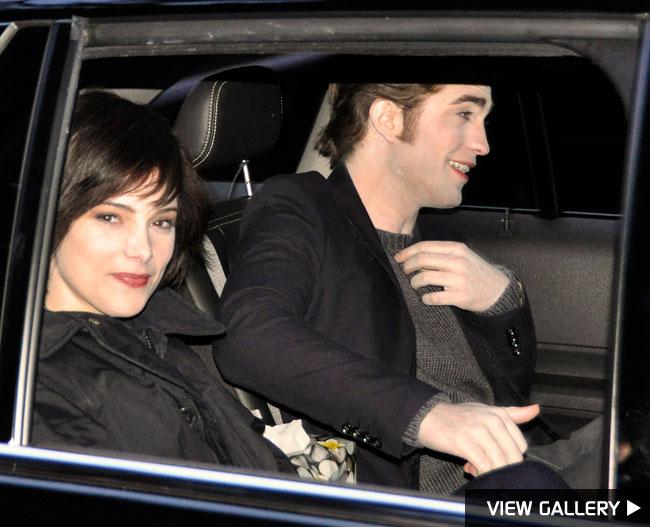 Ashley Greene and Robert Pattinson twilight new moon
