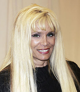 victoria gotti saves her home