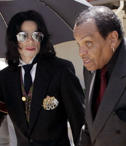 Joe Jackson believes there was foul play in the death of Michael Jackson