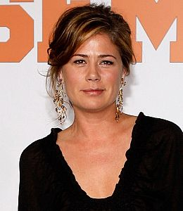 Actress Maura Tierney's illness delays production on 'Parenthood'