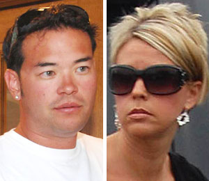 Kate and Jon Gosselin move in and move out, just not together