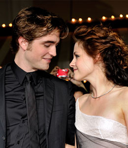 'Twilight' sequel secrets and romance rumors