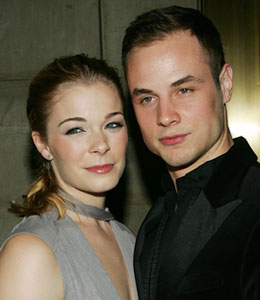 Dean Sheremet is tweeting to thank fans for support after news broke about his separation with wife LeAnn Rimes.