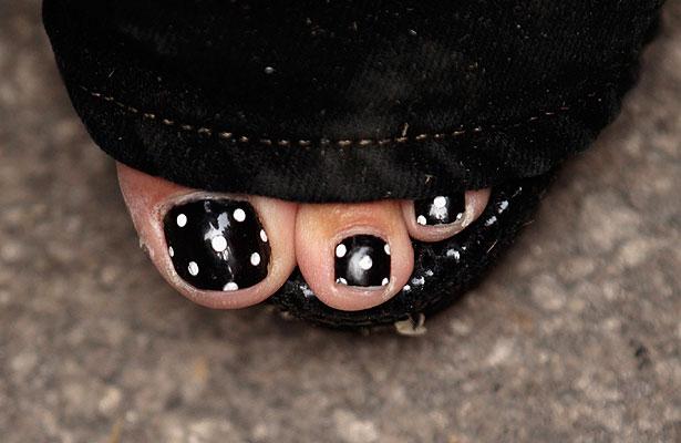 sarah-palin-toes.jpg