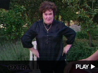 Susan Boyle is still getting used to the paparazzi but she sure knows how to shake it!