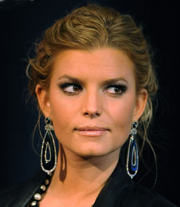 It's been a tough couple of months for Jessica Simpson