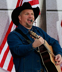 garth brooks out of retirement las vegas