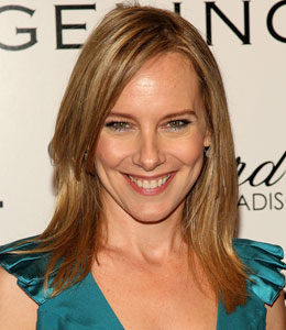Amy Ryan Welcomes Baby Girl