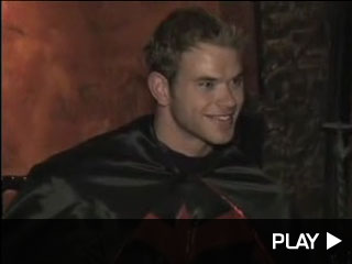 kellan lutz ashley greene halloween