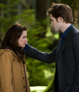 'New Moon' breaks opening-day box office record