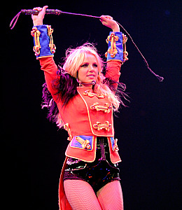 Britney Spears Circus tour lip-sync