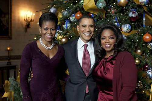 Obama Christmas.Obama On Gifts I Give Nicer Stuff Than I Get Extratv Com