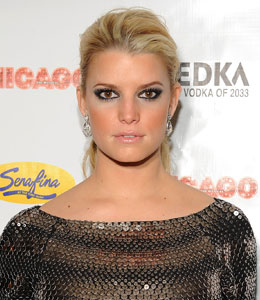 jessica simpson tries to bail her makeup artist out of jail