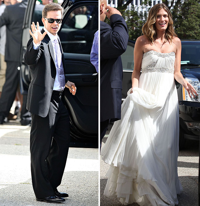 mark wahlberg ties the knot